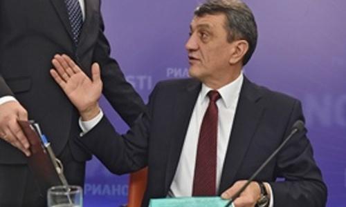 Меняйло запретил депутатам проводить митинг 12-го августа