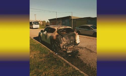 Вечером 9 мая чиновнику в Береговом (Бахчисарайский р-н) подожгли машину