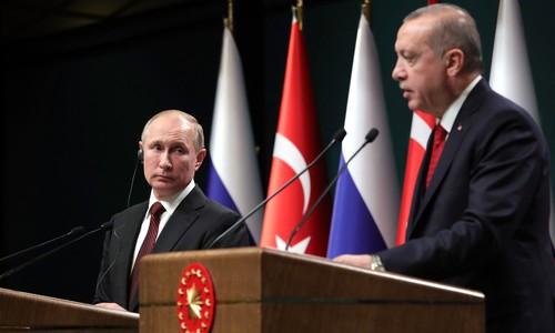Вместо Крыма этим летом россияне отдохнут в Турции