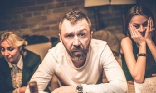 Шнуров показал в Крыму новую вокалистку Ленинграда
