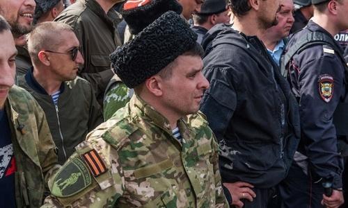 На митинг в Москве явились не те «Крымские казаки»