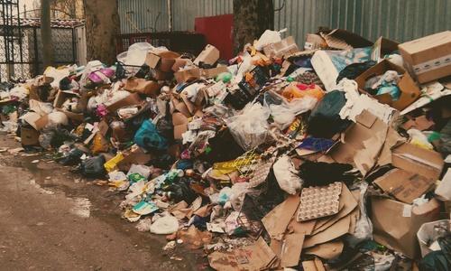 Керчь утопает в послепраздничном мусоре