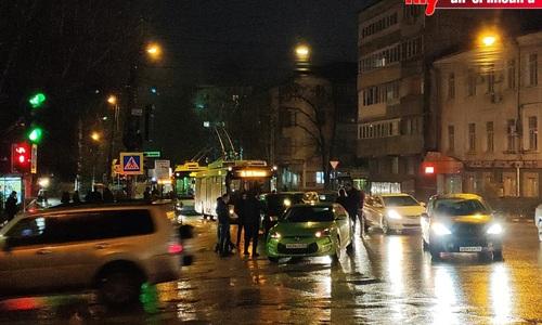 Мелкое ДТП остановило троллейбусы в Симферополе