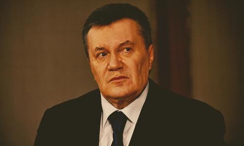 Янукович уверен, что Крым надо повесить на Порошенко