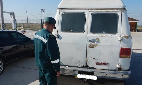 Таможенники не дали вывезти из Крыма 1,5 тонны дизтоплива