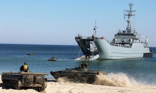 Тысяча военных НАТО вышли на учения в Черное море