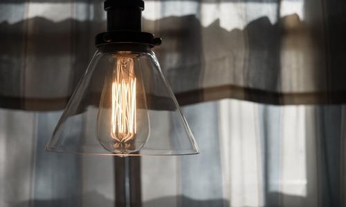 Большей части крымчан вернули электричество