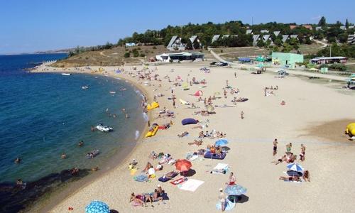 В Крыму нельзя купаться на трех пляжах