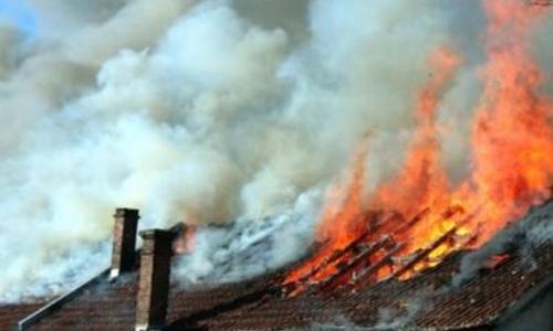 Возле Ялты полночи тушили пожар в санатории