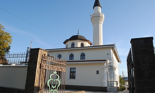Открытие моста в Крым совпало с началом поста мусульман