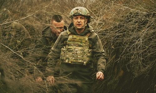 Зеленский намерен посмотреть на Крым через забор
