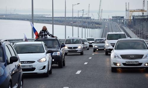 Более двух миллионов машин опробовали мост в Крым