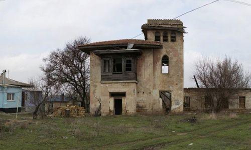 Под Саками разрушилось историческое здание