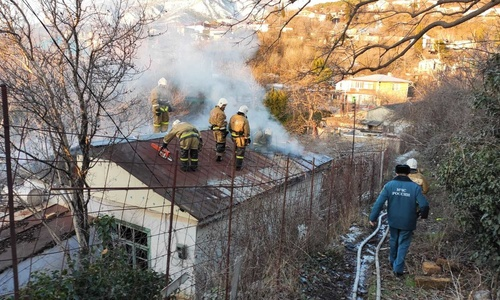В пожаре под Ялтой пострадал один человек