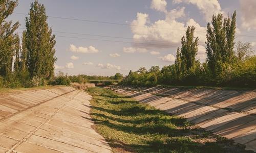 Украина будет выдавать крымчанам на воду талоны?