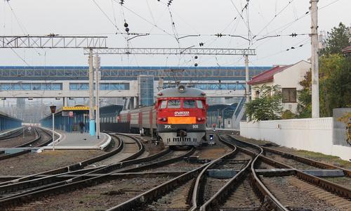 Некоторые участки железной дороги в Керчи ждут ремонта
