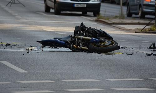 В ДТП в Ялте погибли пешеход, мотоциклист и пассажир