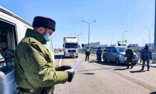 У водителей, которые не взяли с собой ручку – проблемы на Крымском мосту