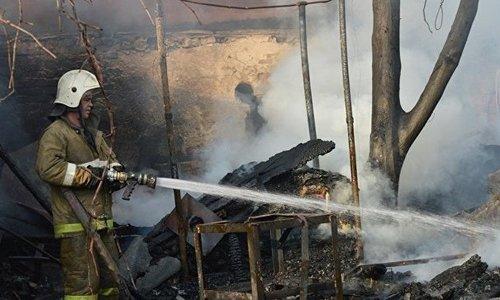 На пожаре под Симферополем пострадал человек