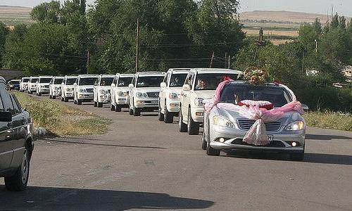 Свадебные кортежи в Крыму запретят?