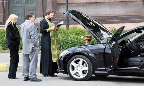 Посягнули на святое: жулики собирают деньги для церкви