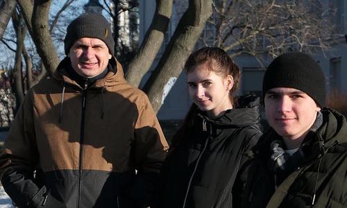 Мама и сын Сенцова переехали в Киев из Крыма